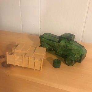 Vintage AVON Bottle: Green Truck